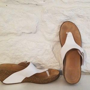 Clarks Sandals SZ 9.5